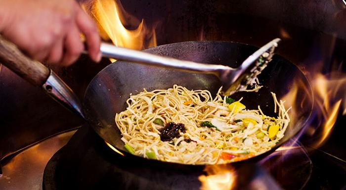 Çin mutfağı pişirme teknikleri - wok tavası