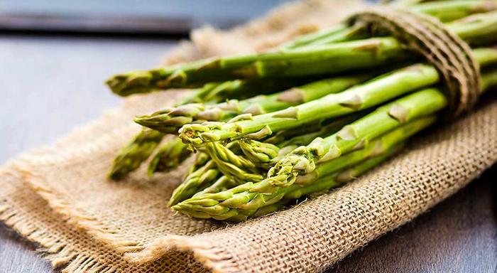 Düşük kalorili sebzeler - Kuşkonmaz