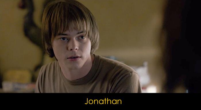 Stranger Things oyuncuları - Jonathan