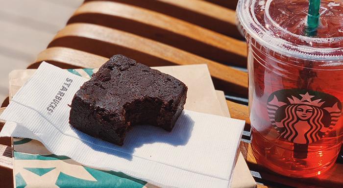 Starbucks fit ürünler - Hurmalı Fit Kek