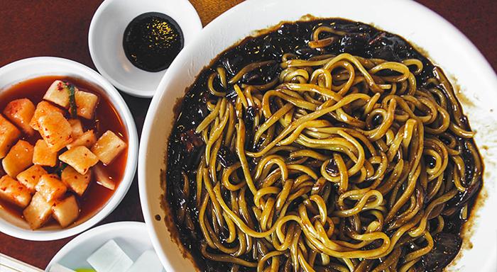 Kore Mutfağı - Sofra düzeni